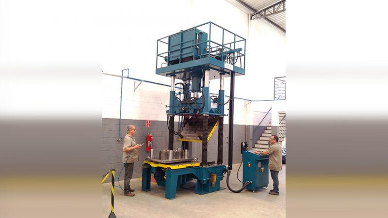WF Modelação e Ferramentaria - Prensa Cannon 100 Ton para Ajuste e Fechamento de Moldes